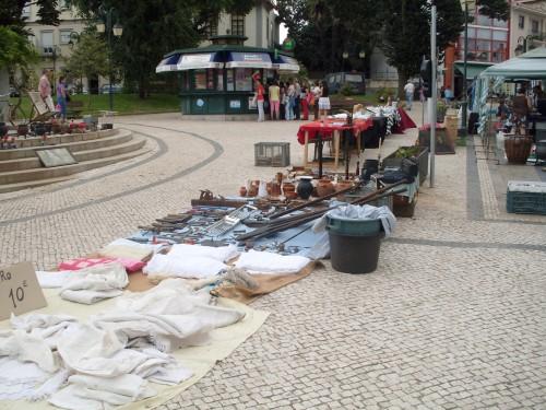 Começou hoje a Feira de Antiguidades e Velharias em Macedo de Cavaleiros