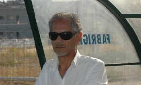 Valdemar Afonso a caminho do Manchester United