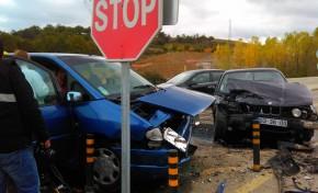 Aparatoso acidente faz quatro feridos graves no IP4
