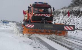 Circulação rodoviária condicionada e escolas fechadas