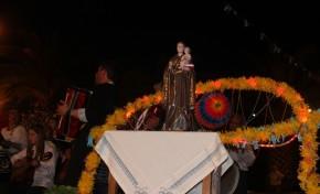 Cerca de 500 pessoas reuniram-se no Prado de Cavaleiros para comemorar a festa dos Santos Populares