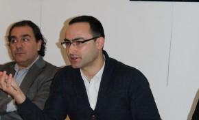 Jovem de Podence lança livro sobre a história e o turismo à volta do Entrudo Chocalheiro