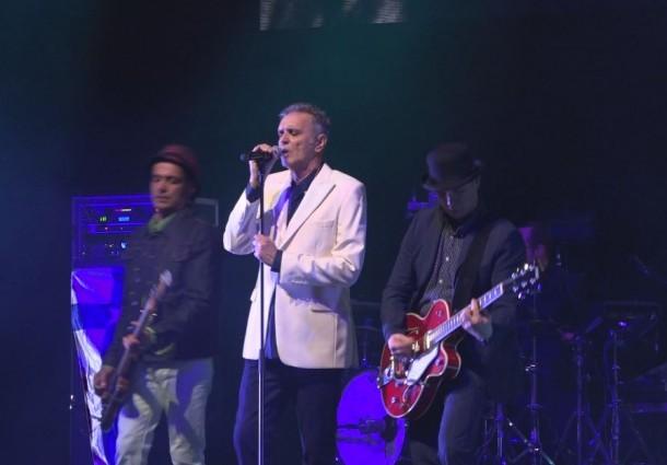 ONDA LIVRE TV - Final da Tour comemorativa dos 35 anos da banda GNR