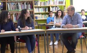 """ONDA LIVRE TV - Escola Secundária """"transformou-se"""" num estúdio de TV por um dia"""