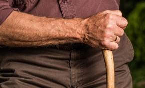 Violência contra idosos aumentou 34% em três anos