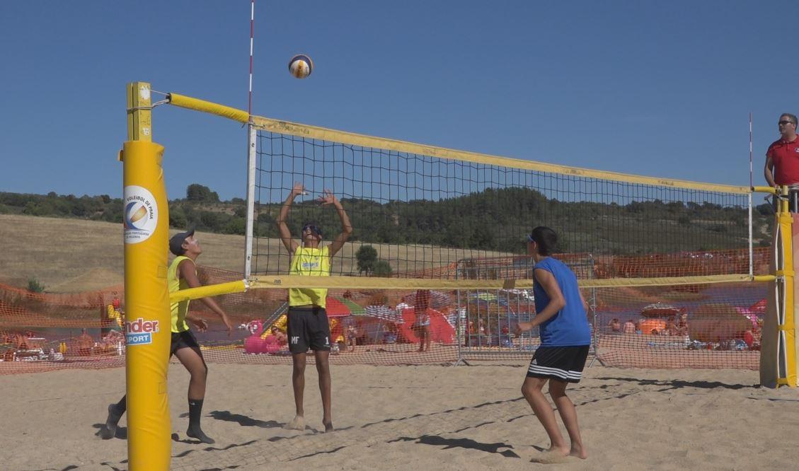 Campeonato Nacional de Voleibol de Praia não se decide este ano no Azibo