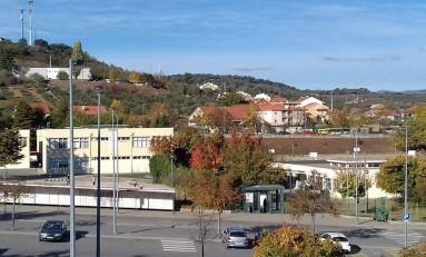 Pais de alunos em Macedo denunciam situações que alegam estar a pôr em risco a segurança das crianças na escola