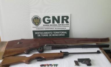 Várias armas apreendidas em Alfândega da Fé