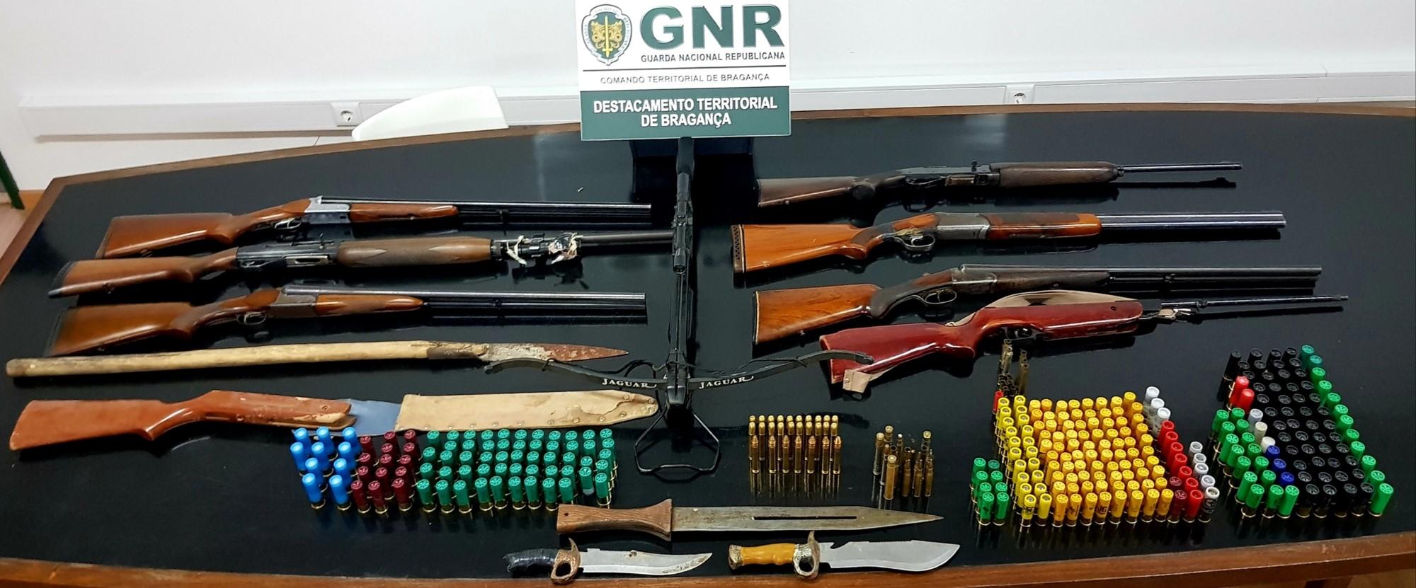 Homem detido em Macedo de Cavaleiros por posse ilegal de armas