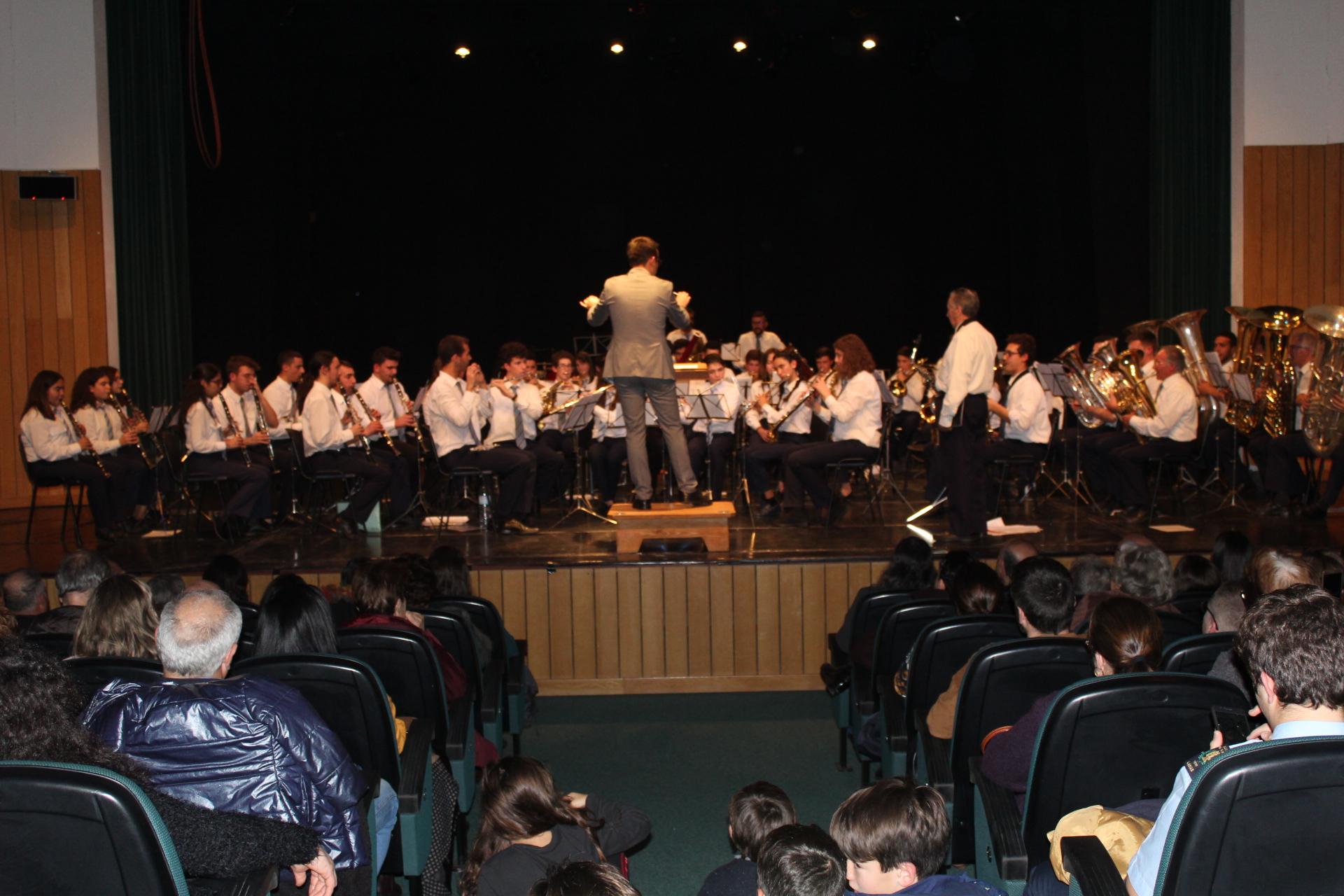 Concerto de bandas filarmónicas do concelho de Macedo encheu o Centro Cultural