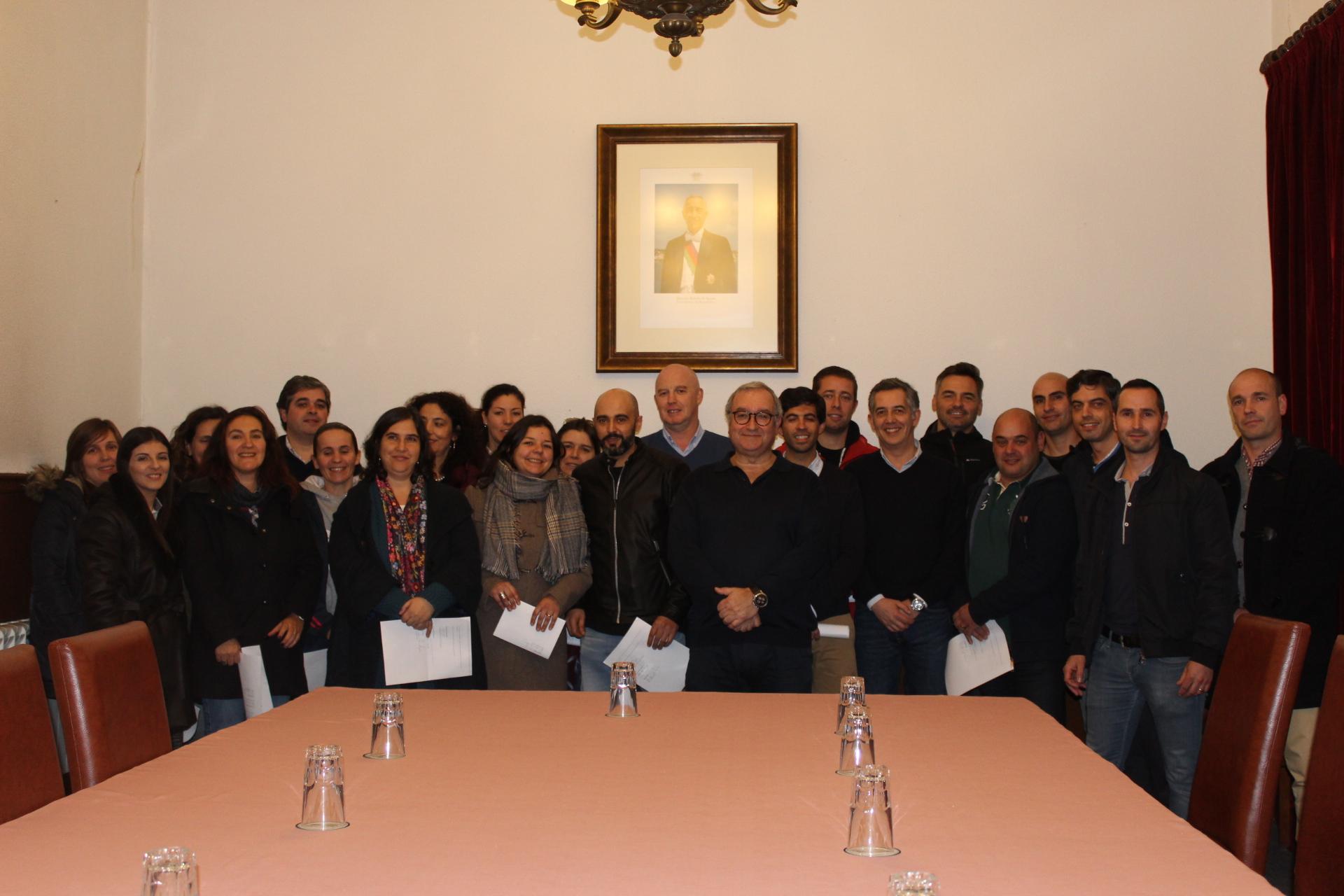 Dezanove professores das AECs em Macedo passam a trabalhar a tempo inteiro