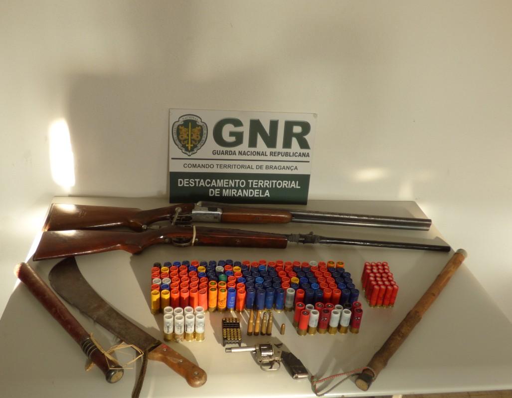 Homem detido em Mirandela por posse ilegal de armas