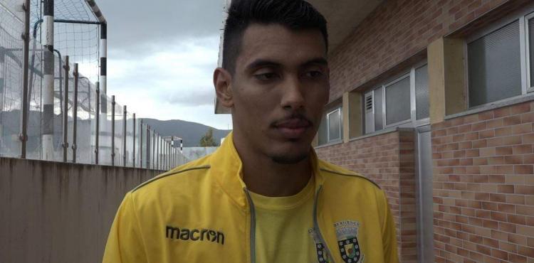 """Diego: """"tomei injeções várias vezes para conseguir entrar em campo e ajudar a equipa"""""""