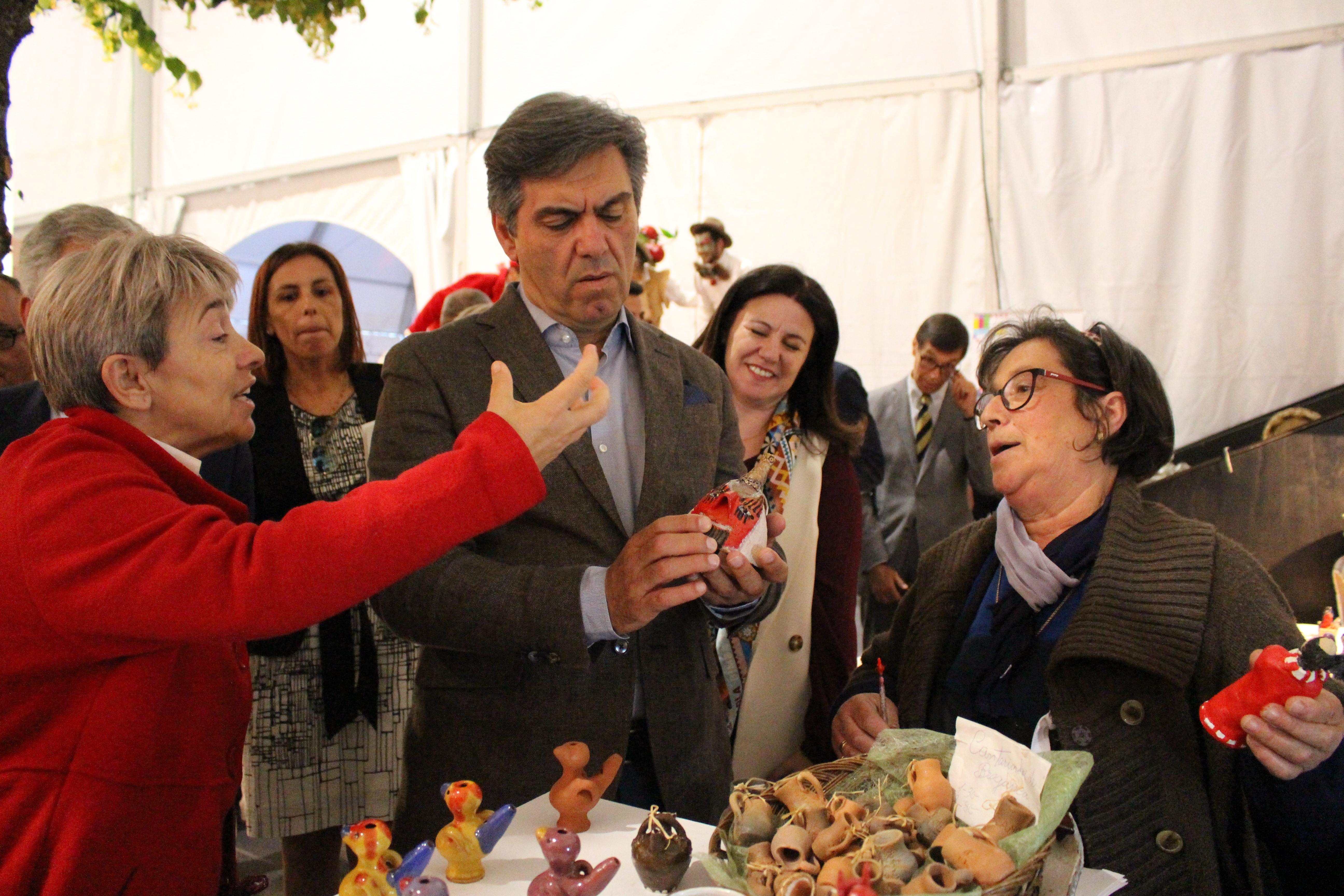 Foi ontem oficialmente inaugurada a Festa da Cereja de Alfândega da Fé