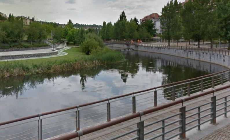 Mulher encontrada morta este sábado no rio Fervença em Bragança