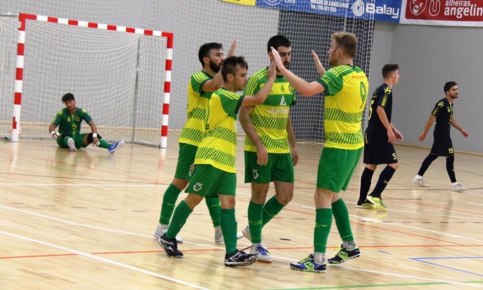 Candoso venceu Torneio Triangular de Futsal de Macedo de Cavaleiros