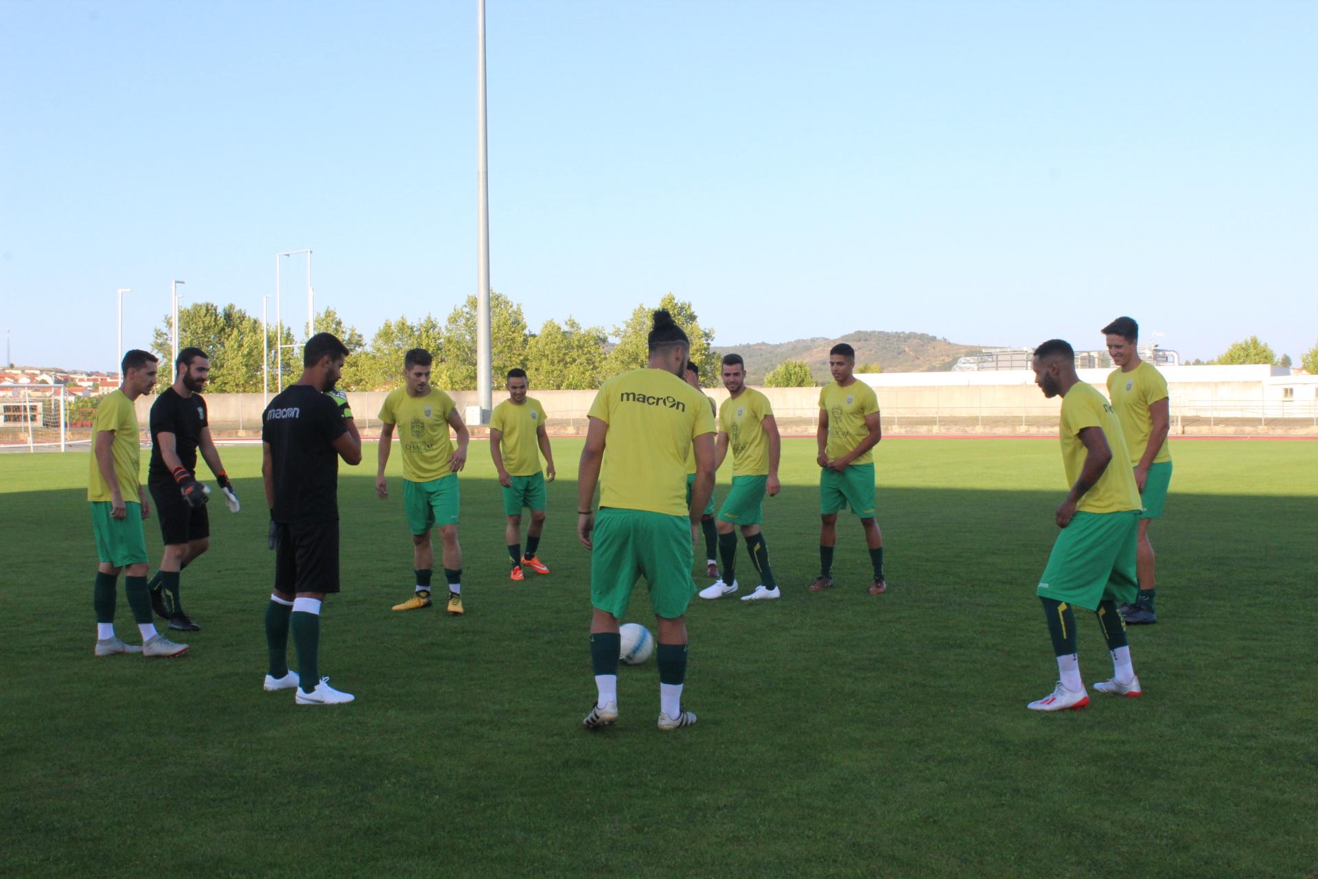 Já começou a pré-época da equipa sénior do Clube Atlético de Macedo de Cavaleiros
