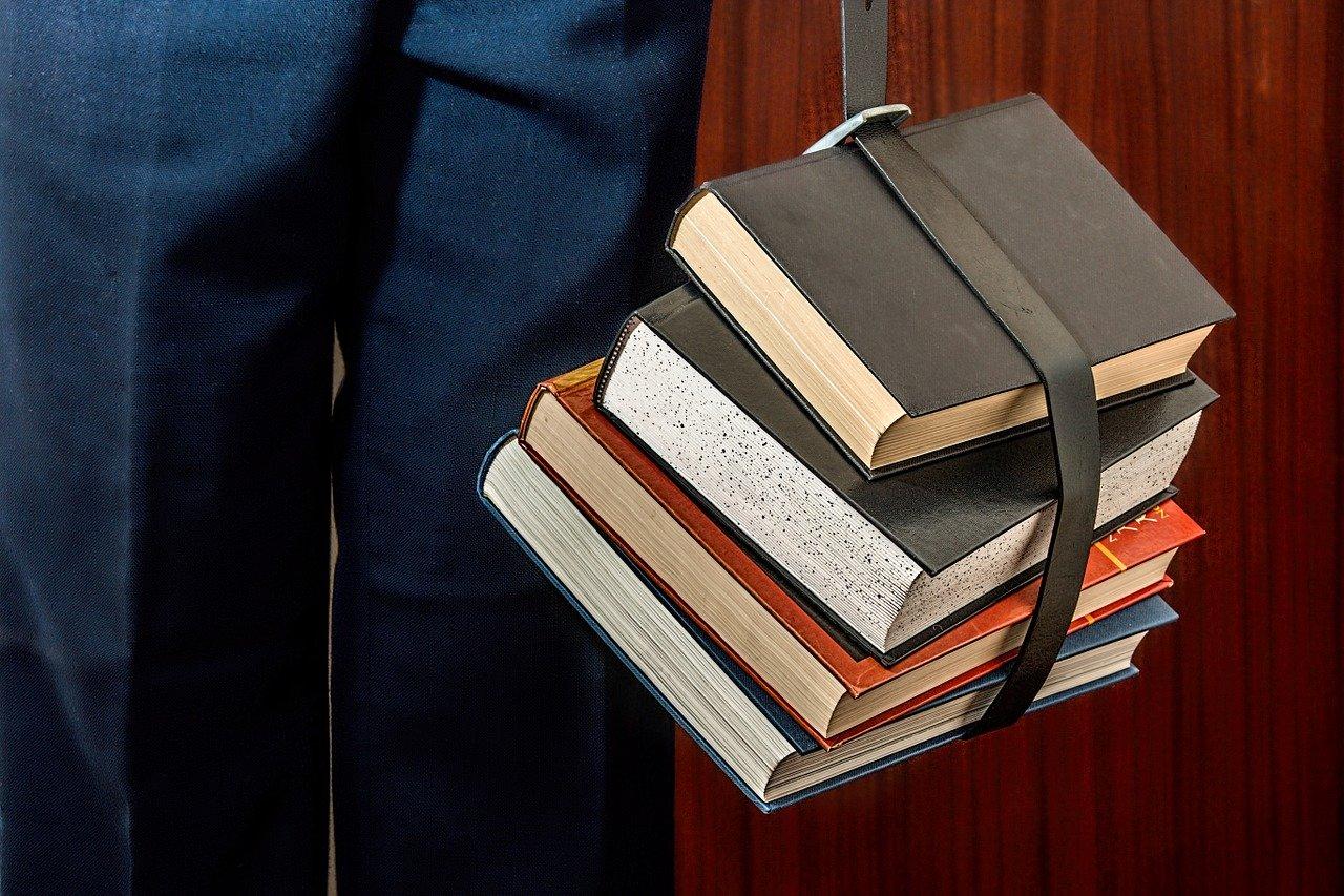 Estão abertas as candidaturas às Bolsas de Estudo para os alunos do Ensino Superior de Macedo atribuídas pelo município