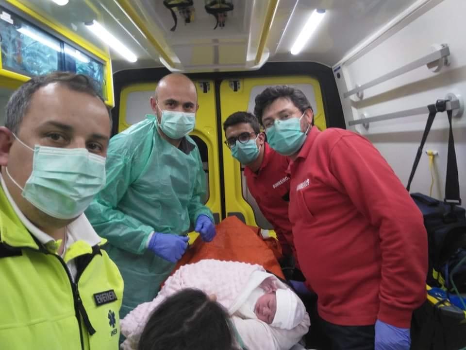 Bebé nasce em ambulância na aldeia de Vilar do Monte (Macedo de Cavaleiros)