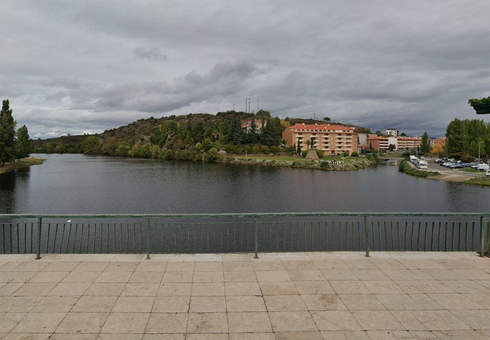 Autópsia confirma que homem encontrado a boiar no Rio Tua morreu de afogamento