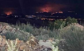 Incêndio em Chaves deixou três bombeiros feridos e juntos mais de 300 operacionais