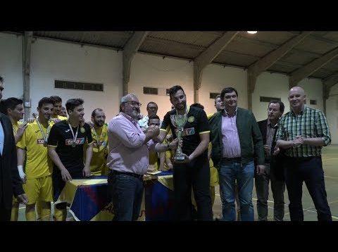 ONDA LIVRE TV – Campeões Distritais de Futsal recebem a taça em festa