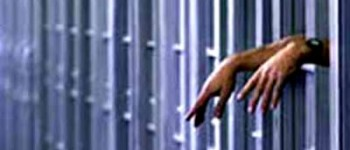 """25 anos de prisão para o homem que matou um jovem à porta do bar """"Urban Life"""""""