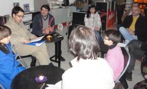 Poesia e teatro em debate com a AJAM