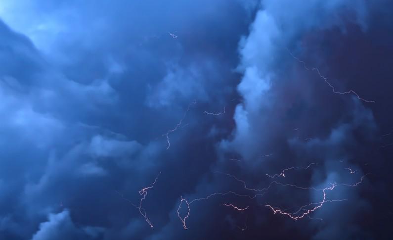 Chuva e trovoada deixam distrito de Bragança em alerta amarelo este sábado