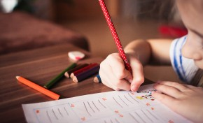 "Estão abertas as candidaturas ao programa ""Macedo Educar"" que apoio alunos candidatos ao Ensino Superior"
