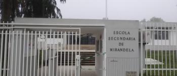 Aluno da Escola Secundária de Mirandela leva arma escondida na mochila para a escola